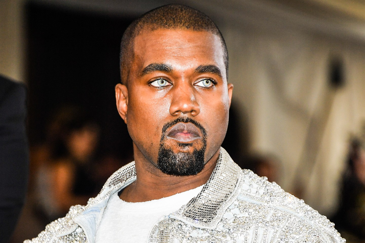 Kanye West believes he's an alien.