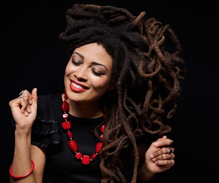 Valerie June: (Photo by Danny Clinch_General1)