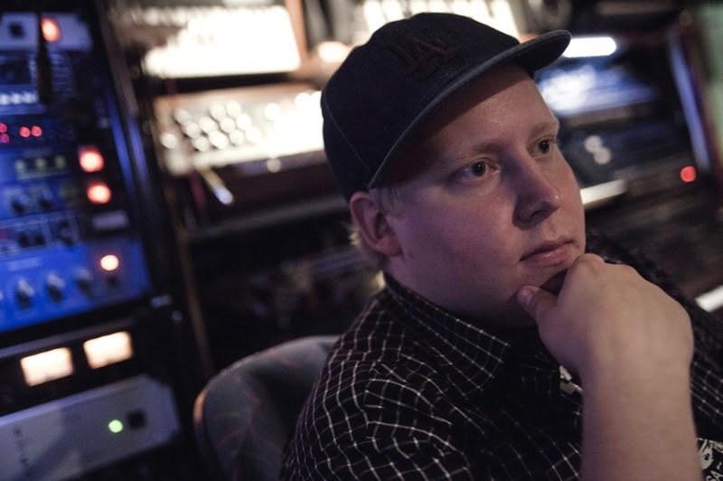 DJ Devastate press photo